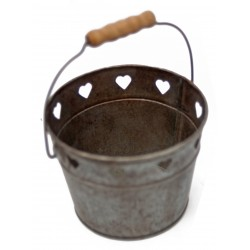 "Cart "" hearts "" in zinc with wooden handle"