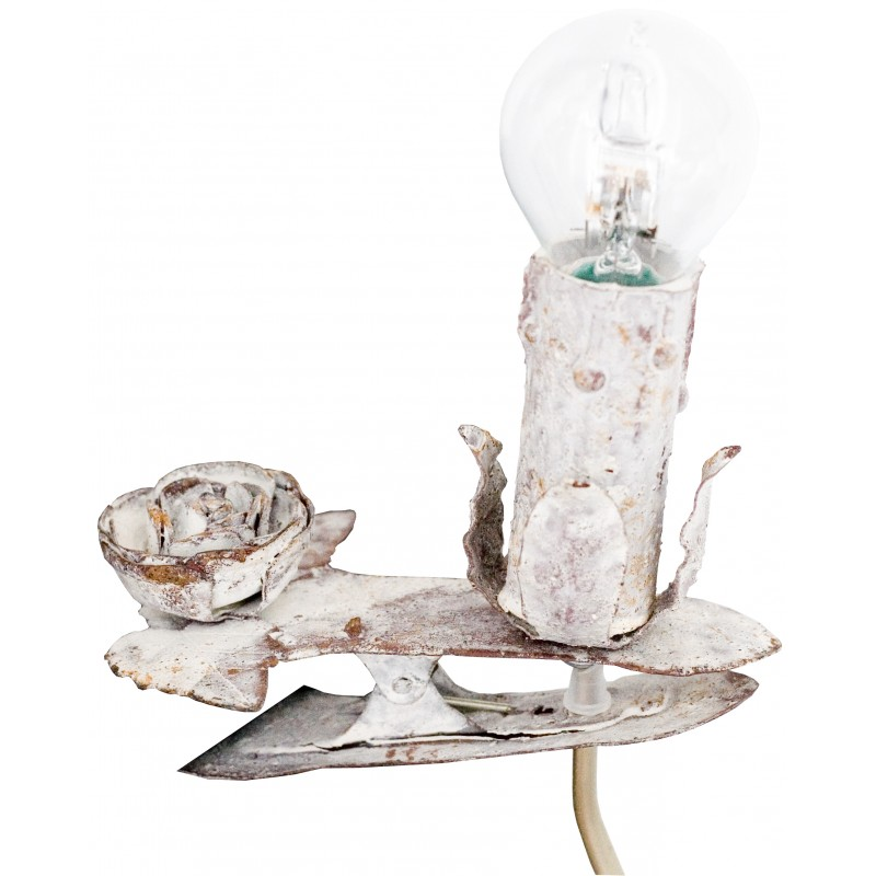 lampe pince rose coloris blanc rouille de chez coquecigrues. Black Bedroom Furniture Sets. Home Design Ideas