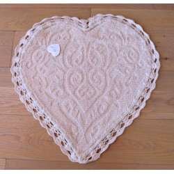 Tapis coeur jacquard au crochet rose