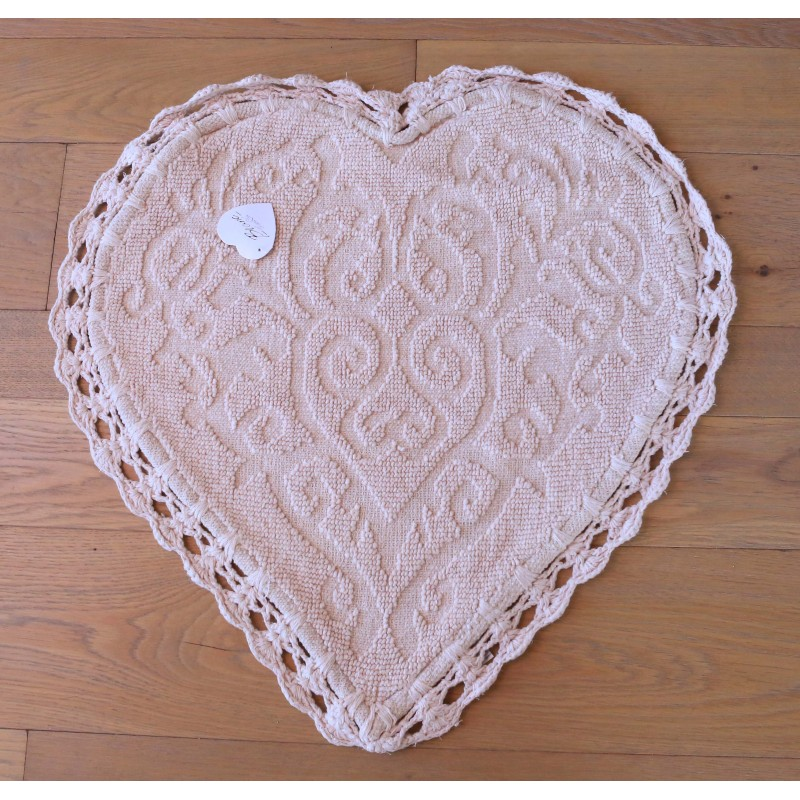 Jacquard Heart Rug With Crochet Pink