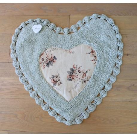 duo de tapis coeur avec crochet shabby vert par blanc mariclo. Black Bedroom Furniture Sets. Home Design Ideas