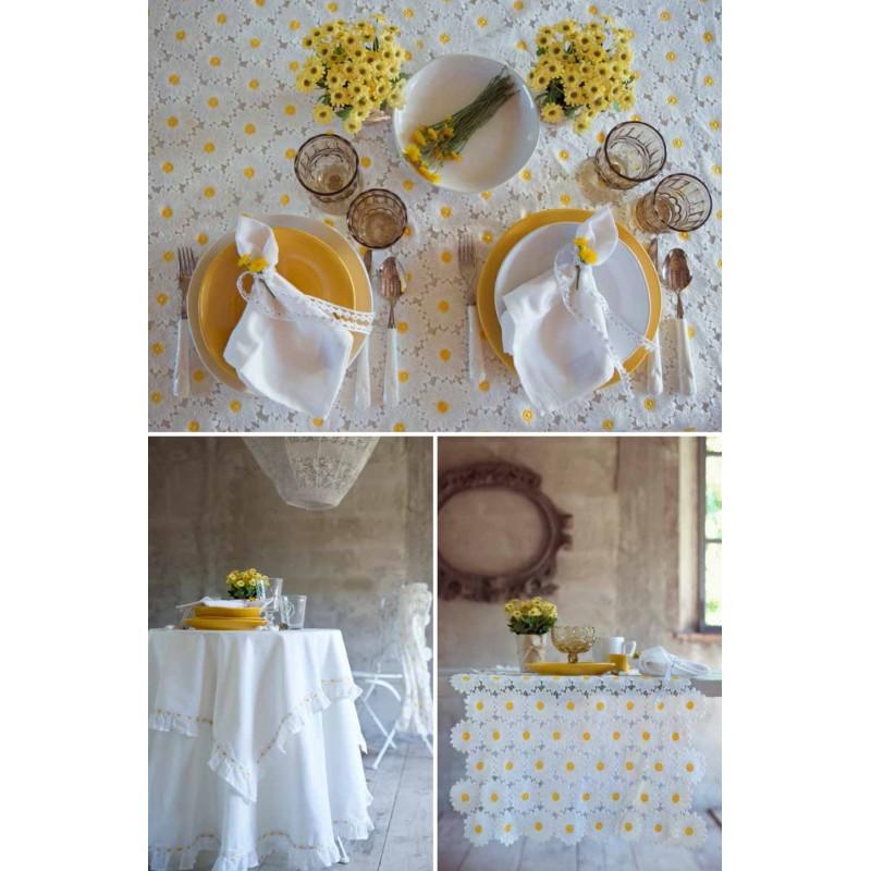 nappe en dentelle de marguerites daisy collectionde blanc mariclo pour une d co shabby chic. Black Bedroom Furniture Sets. Home Design Ideas