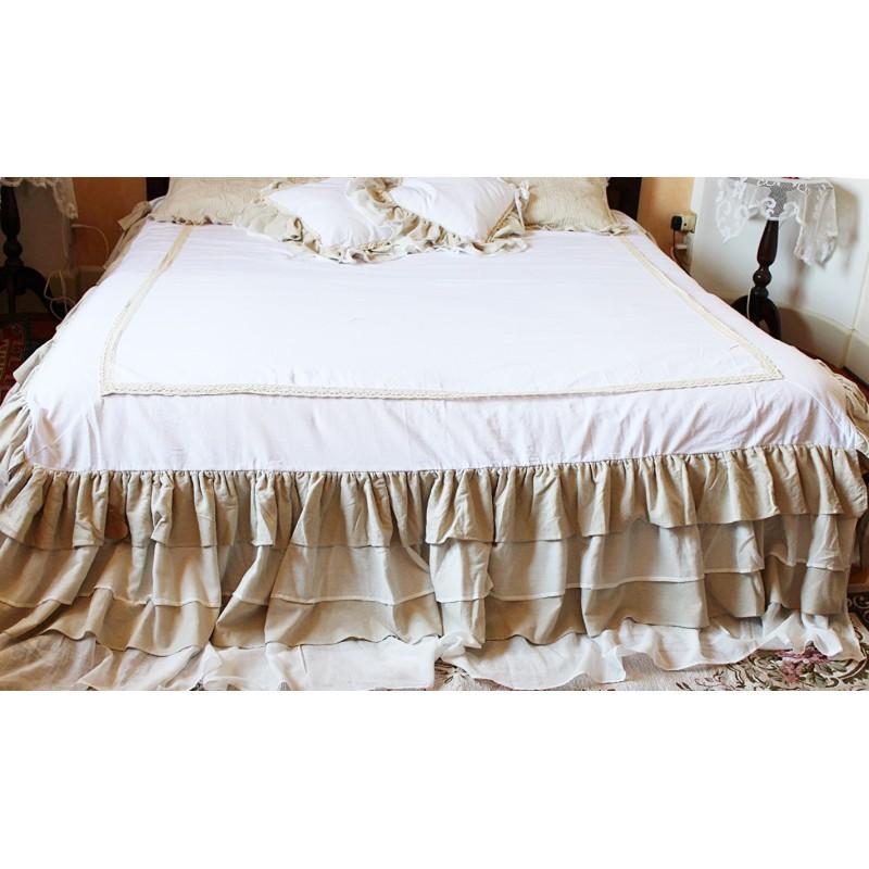 Couvre lit avec volants fru fru par blanc mariclo pour for Linge de maison shabby chic