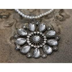 Pendentif en forme de coeur avec cristaux