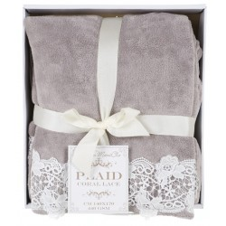 Plaid coral lace 140 x 170 in gift box