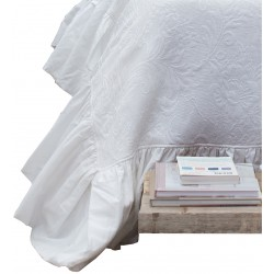 Table cloth Jacquard white with frills 170 x 270 cm