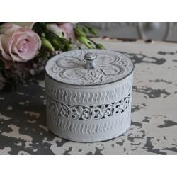Boîte métallique ciselée couleur blanc antique