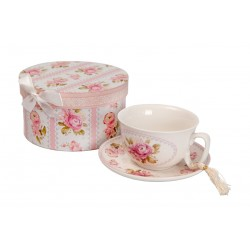 Cup and saucer in gift box