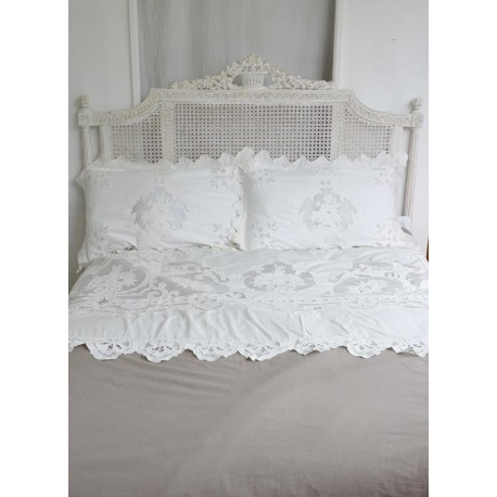 ensemble housse de couette et 2 taies reine blanc coquecigrues. Black Bedroom Furniture Sets. Home Design Ideas