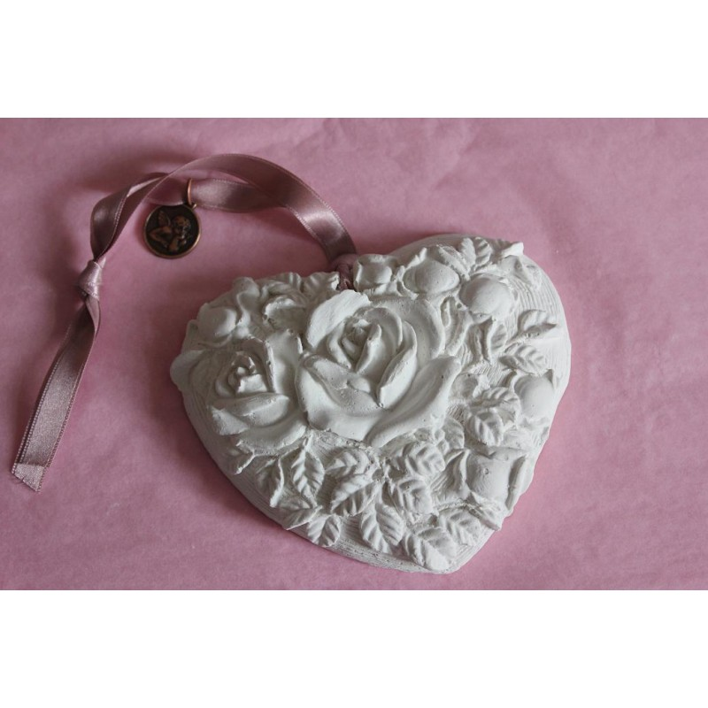 Heart Crude Soft Pink Roses To Perfume Quot Made In France Quot On