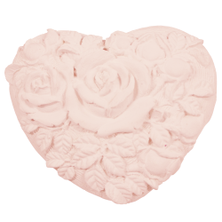 Heart crude soft pink roses to perfume