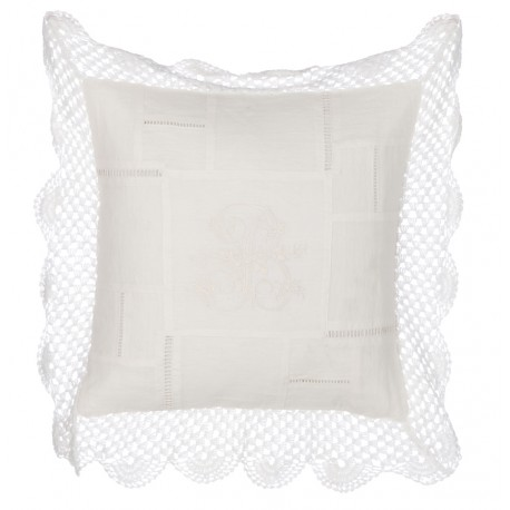 "Emboidered cushion 45 x 45 cm ""Vintage Lace Collection"""
